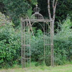 Malborough Ornate Archway Verde