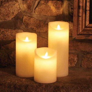 Real Wax Flickering Candle With Timer 18cm