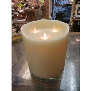 Real Wax 3 Wick Flickering Candle With Timer 16cm x 13cm