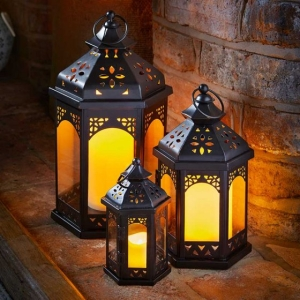 Outside In Sahara Lantern Set