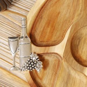 Acacia Nibbles Board Wine