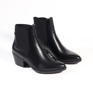 Ladies Heeled Chelsea Boot Black
