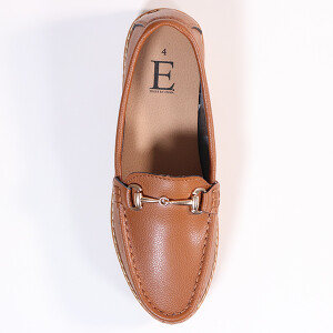 Ladies Classic Loafer With Snaffle Bar Trim Tan