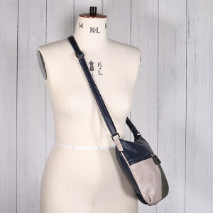 Ladies Cross Body Saddle Bag Green Navy
