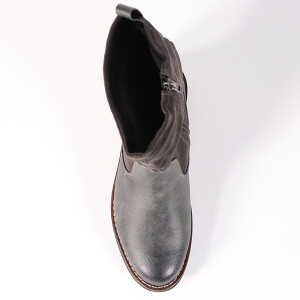 Ladies Flat Boot With Ruched Detail Grey