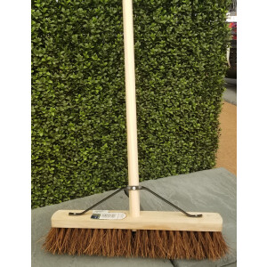18″ Bassine Yard Broom And Handle